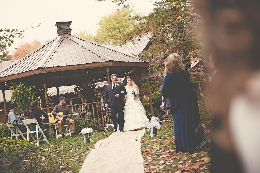 Hocking Hills, wedding day, wedding photography, wedding photographer Dayton, Ohio, marriage, gorgeous, fall, autumn, hills, Ohio wedding, Adam, Kelly, beautiful, stunning, Cincinnati wedding photographer, Columbus wedding photographer, photography